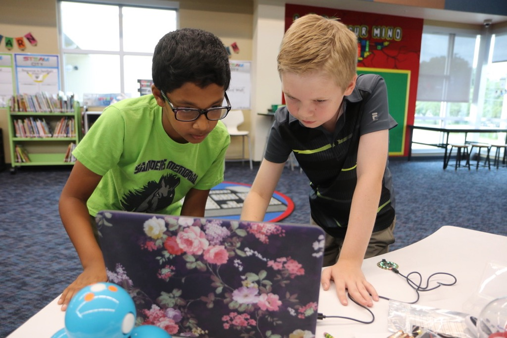 Students work on coding project at Sanders STEAM Magnet School.