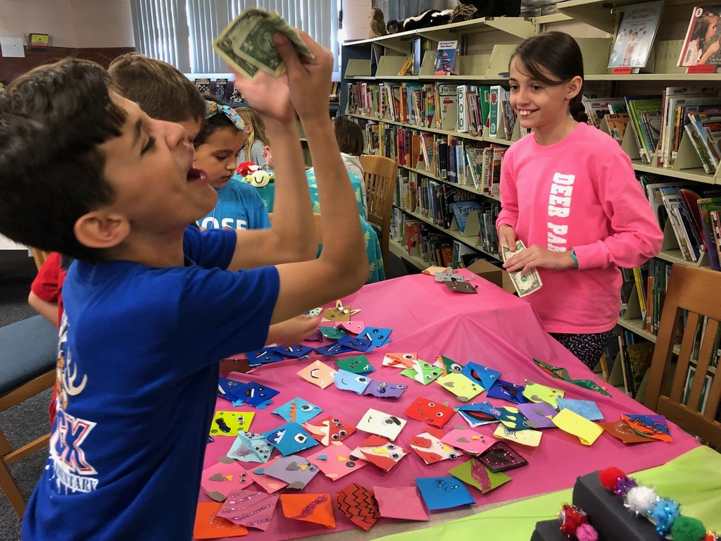 Deer Park Elementary students learned about economics by selling handmade crafts to their peers.
